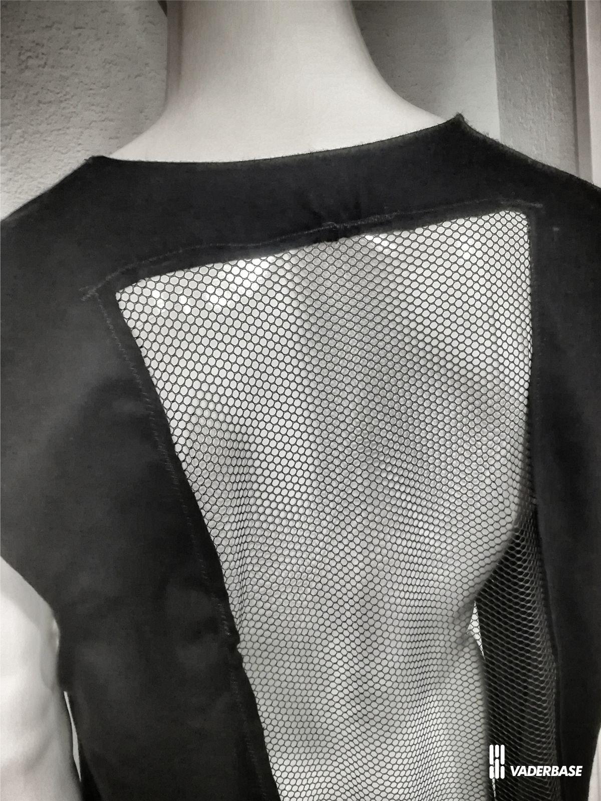 vaderbase.com/Bilder/robe/robe_back_ventilation.jpg